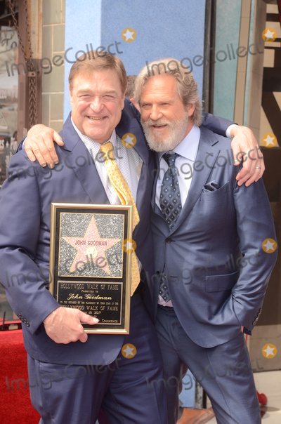 Jeff Bridges, John Goodman Photo - LOS ANGELES - MAR 10:  John Goodman, Jeff Bridges at the John Goodman Walk of Fame Star Ceremony on the Hollywood Walk of Fame on March 10, 2017 in Los Angeles, CA