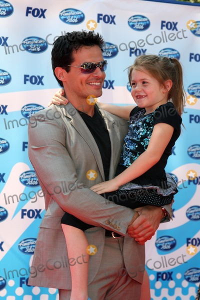 Antonio Sabato Jr., Antonio Sabato, Jr. Photo - Antonio Sabato Jr & Daughter arriving at the Amerian Idol Season 8 Finale at the Nokia Theater in  Los Angeles, CA on May 20, 2009