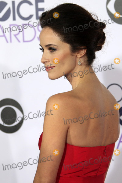 Abigail Spencer Photo - LOS ANGELES - JAN 6:  Abigail Spencer at the Peoples Choice Awards 2016 - Arrivals at the Microsoft Theatre L.A. Live on January 6, 2016 in Los Angeles, CA