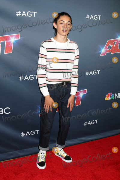 """Benicio Bryant Photo - LOS ANGELES - AUG 27:  Benicio Bryant at the """"America's Got Talent"""" Season 14 Live Show Red Carpet at the Dolby Theater on August 27, 2019 in Los Angeles, CA"""