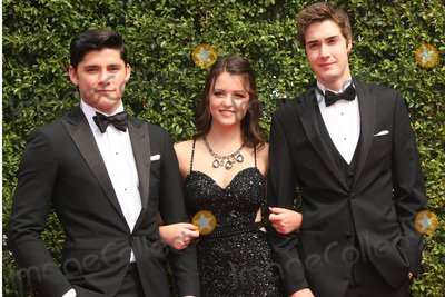 Ana Golja Photo - vLOS ANGELES - SEP 12:  Actors Ricardo Hoyos, Ana Golja, Eric Osborne at the Primetime Creative Emmy Awards Arrivals at the Microsoft Theater on September 12, 2015 in Los Angeles, CA