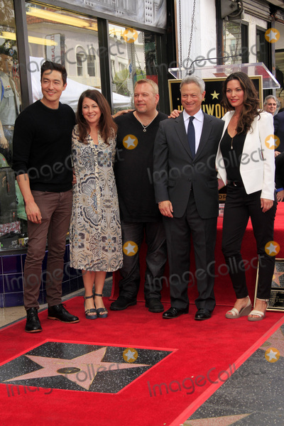 Alana de la Garza, Daniel Henney, Gary Sinise Photo - LOS ANGELES - APR 17:  Criminal Minds Guests, Daniel Henney, Gary Sinise, Alana De La Garza at the Gary Sinise Honored With Star On The Hollywood Walk Of Fame on April 17, 2017 in Los Angeles, CA