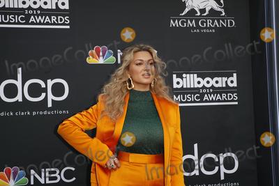Tori Kelly Photo - LAS VEGAS - MAY 1:  Tori Kelly at the 2019 Billboard Music Awards at MGM Grand Garden Arena on May 1, 2019 in Las Vegas, NV