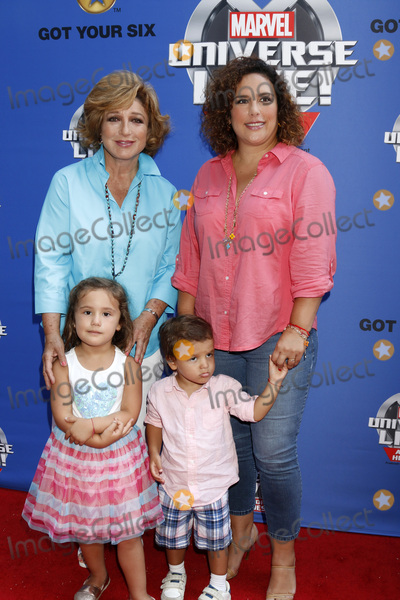 Angelica Maria, Angelica Vale, Angelica  Maria Photo - LOS ANGELES - JUL 8:  Angelica Maria, Angelica Vale, Children at the Marvel Universe Live Red Carpet at the Staples Center on July 8, 2017 in Los Angeles, CA