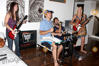 Gomez, Joshua Gomez, Zachary Levi, Ashley Campbell, Amy Pham Photo - Amy Pham, Zachary Levi, Joshua Gomez, & Ashley Campbell