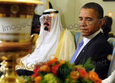 King Abdullah, Abdullah bin Abdul Aziz, Barack Obama, King Abdullah Bin Abdul Aziz, King Abdullah bin Abdul Aziz Al Saud, President Barack Obama, White House, The White Photo - United States President Barack Obama and King Abdullah bin Abdul Aziz al Saud of Saudi Arabia speak to the media after their meeting in the Oval Office of the White House in Washington on Tuesday, June 29, 2010.Photo by Roger Wallenberg/PooL-CNP-PHOTOlink.net