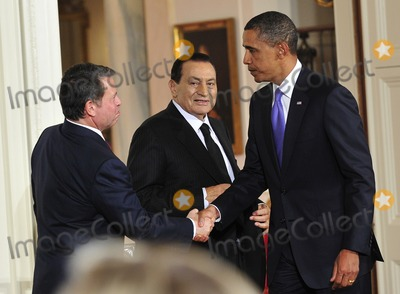 Abdullah II of Jordan, Barack Obama, King Abdullah, King Abdullah II of Jordan, President Barack Obama, White House, The White Photo - Peace Talks8258.JPGRESTRICTED: NEW YORK/NEW JERSEY OUTNO NEW YORK OR NEW JERSEY NEWSPAPERS WITHIN A 75 MILE RADIUS OF NYC.United States President Barack Obama, right, shakes hands with King Abdullah II of Jordan, left, as President Hosni Mubarak of Egypt, center, looks on following statements in advance of the opening of the first direct talks in two years between Israel and the Palestinian Authority scheduled to begin at the State Department in Washington, D.C. tomorrow in the East Room of the White House following their bi-lateral meetings  in Washington, D.C. on Wednesday, September 1, 2010.  Photo by Ron Sachs/Pool/CNP-PHOTOlink.net