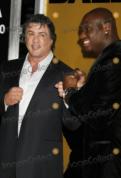 "Antonio Tarver, Sylvester Stallone Photo - Photo by: RE/Westcom/starmaxinc.com2006. 12/13/06Sylvester Stallone and Antonio Tarver at the premiere of ""Rocky Balboa"".(Hollywood, CA)"