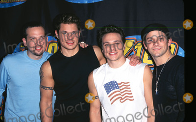 P Os And Pictures P O By Peter Kramer Star Max Inc 2000 98 Degrees At Jingle Ball 2000 Madison Square Garden Nyc