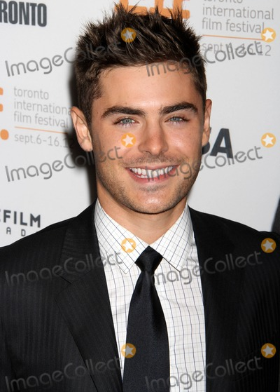 Zac Efron Photo - Photo by: KGC-146/starmaxinc.comSTAR MAX2012ALL RIGHTS RESERVEDTelephone/Fax: (212) 995-11969/14/12Zac Efron at The Toronto Film Festival.(Toronto, Canada)***U.S. syndication only!***
