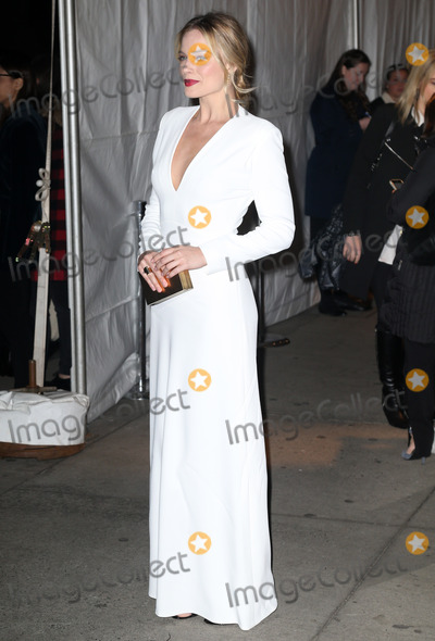 Margot Robbie Photo - Photo by: KGC-146/starmaxinc.comSTAR MAX2016ALL RIGHTS RESERVEDTelephone/Fax: (212) 995-119611/28/16Margot Robbie at The 26th Annual Gotham Independent Film Awards.(NYC)