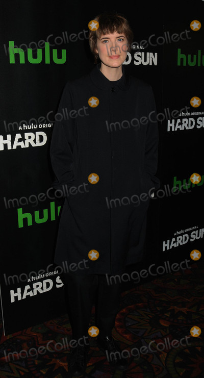 Agyness Deyn Photo - Photo by: Demis Maryannakis/starmaxinc.comSTAR MAX2018ALL RIGHTS RESERVEDTelephone/Fax: (212) 995-11962/28/18Agyness Deyn at 'Hard Sun' Series Premiere at Regal Union Square.