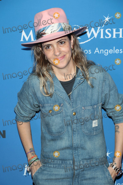 Samantha Ronson Photo - Photo by: gotpap/starmaxinc.comSTAR MAX2017ALL RIGHTS RESERVEDTelephone/Fax: (212) 995-119610/24/17Samantha Ronson at PAPER Magazine's YOUNG LEGENDS Runway Benefit for Make-A-Wish at the The Taglyan Theatre in Hollywood, CA.
