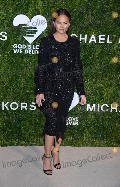 Chrissie Teigen, Chrissy Teigen Photo - Photo by: Dennis Van Tine/starmaxinc.comSTAR MAX2016ALL RIGHTS RESERVEDTelephone/Fax: (212) 995-119610/17/16Chrissy Teigen at The 2016 God's Love We Deliver Golden Heart Awards Dinner.(New York City)