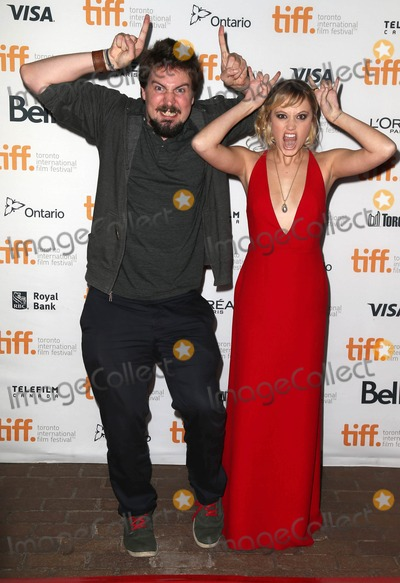 Maika Monroe, Adam Wingard Photo - Photo by: KGC-146/starmaxinc.com