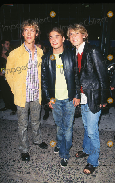 """Hanson Photo - Photo by: Peter KramerSTAR MAX, Inc. - copyright 2001. 8/1/01Hanson at """"MTV20: Live and Almost Legal"""".(Hamerstein Ballroom, NYC)"""