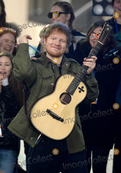 Ed Sheeran Photo - Photo by: Dennis Van Tine/starmaxinc.com