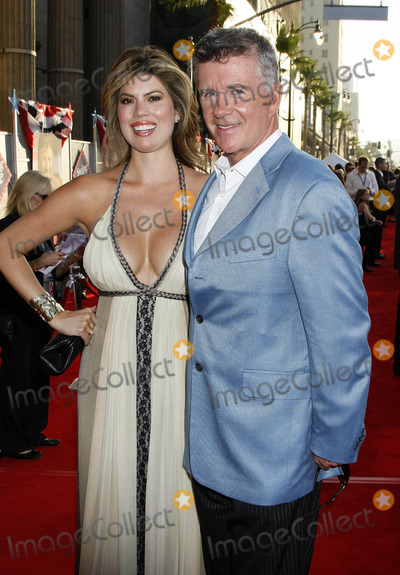 """Alan Thicke Photo - Photo by: NPX/starmaxinc.com2008. 7/24/08Alan Thicke and wife at the premiere of """"Swing Vote"""".(Hollywood, CA)***Not for syndication in France!***"""