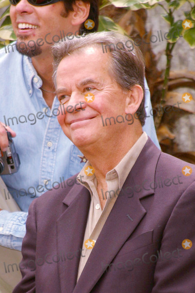 """Dick Clark, KC, KC and the Sunshine Band, KC & the Sunshine Band Photo - Photo by: Lee RothSTAR MAX, Inc. - copyright 2002. 8/2/02Dick Clark at a Hollywood Walk of Fame Ceremony honoring """"KC and the Sunshine Band"""".(CA)"""