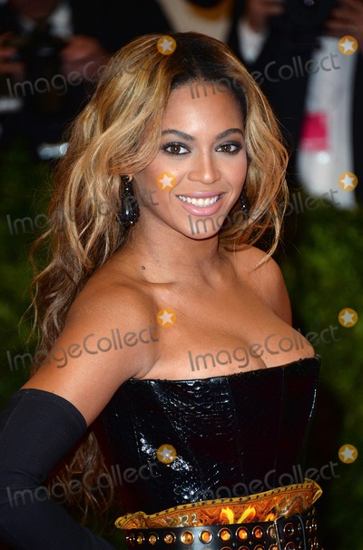 Beyonce, Beyonce Knowles, Chaos Photo - Photo by: DP/AAD/starmaxinc.com