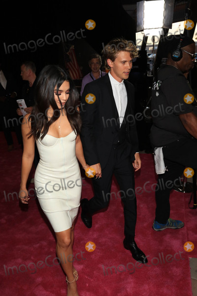 Vanessa Hudgens, Austin Butler, Vanessa  Hudgens Photo - Photo by: gotpap/starmaxinc.comSTAR MAX2017ALL RIGHTS RESERVEDTelephone/Fax: (212) 995-11968/26/17Vanessa Hudgens and Austin Butler at The Mayweather Vs. McGregor Fight held at The T-Mobiel Arena in Las Vegas, Nevada.