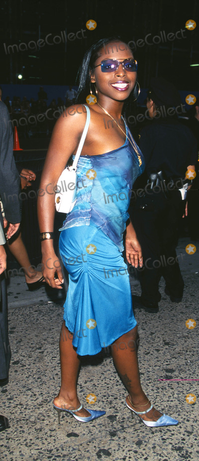 """Foxy Brown Photo - Photo by: Peter KramerSTAR MAX, Inc. - copyright 2001. 8/1/01Foxy Brown at """"MTV20: Live and Almost Legal"""".(Hamerstein Ballroom, NYC)"""