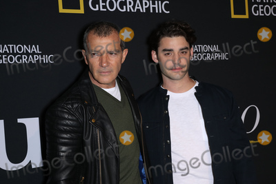 """Antonio Banderas, Picasso, Alex Rich, The National Photo - Photo by: John Nacion/starmaxinc.comSTAR MAXCopyright 2018ALL RIGHTS RESERVEDTelephone/Fax: (212) 995-11964/19/18Antonio Banderas and Alex Rich at the National Geographic unveiling of the """"Genius: Picasso"""" Studio Experience - an interactive installation designed to inspire people to create their own masterpieces at 100 Avenue Of The Americas in New York City.(NYC)"""