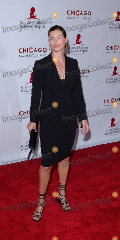 Photos And Pictures Photo By Lee Roth Star Max Inc Copyright 2003 8 19 03 Carre Otis At