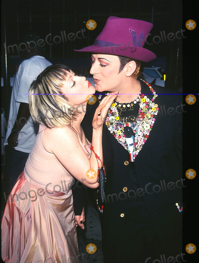"""Boy George, Cyndi Lauper Photo - Photo by: Peter KramerSTAR MAX, Inc. - copyright 2001. 8/1/01Cyndi Lauper and Boy George at """"MTV20: Live and Almost Legal"""".(Hamerstein Ballroom, NYC)"""