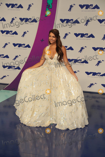 Andrea Russett Photo - Photo by: gotpap/starmaxinc.comSTAR MAX2017ALL RIGHTS RESERVEDTelephone/Fax: (212) 995-11968/27/17Andrea Russett at The 2017 MTV Video Music Awards in Los Angeles, CA.