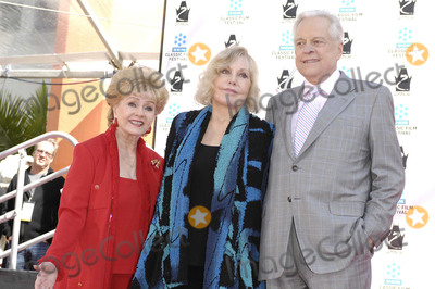 Debbie Reynolds, Kim Novak, Robert Osborne, Grauman's Chinese Theatre Photo - Photo by: Michael Germana/starmaxinc.com