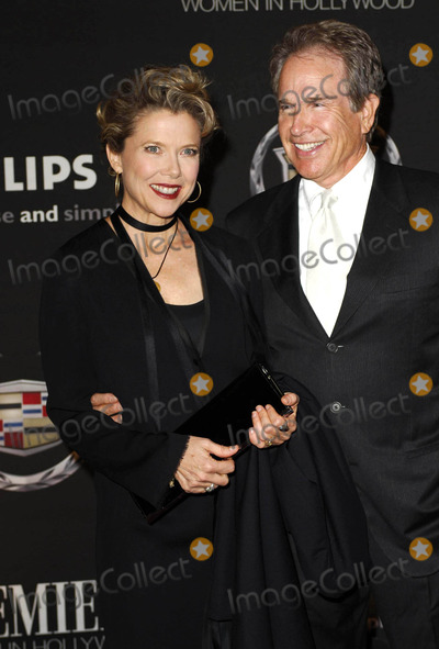 Annette Bening, Warren Beatty Photo - Photo by: Michael Germana/starmaxinc.com2006. 9/20/06Annette Bening and Warren Beatty at the 13th Annual Premiere Women In Hollywood Luncheon.(Beverly Hills, CA)