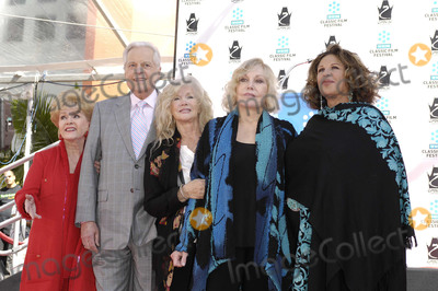 Connie Stevens, Debbie Reynolds, Kim Novak, Lainie Kazan, Robert Osborne, Grauman's Chinese Theatre Photo - Photo by: Michael Germana/starmaxinc.com