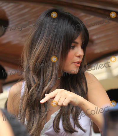 Gomez, Selena Gomez Photo - Photo by: SMXRF/starmaxinc.comSTAR MAX2018ALL RIGHTS RESERVEDTelephone/Fax: (212) 995-11969/5/18Selena Gomez is seen in Los Angeles, CA.