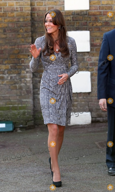 Kate Middleton Photo - Photo by: KGC-22/starmaxinc.com2013STAR MAXALL RIGHTS RESERVEDTelephone/Fax: (212) 995-11962/19/13Kate Middleton at Hope House in Chiswick.(London, England)***U.S. syndication only!***