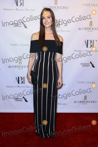 Ariana Rockefeller Photo - Photo by: John Nacion/starmaxinc.comSTAR MAX2017ALL RIGHTS RESERVEDTelephone/Fax: (212) 995-119610/18/17Ariana Rockefeller at The 2017 American Ballet Theater Fall Gala in New York City.