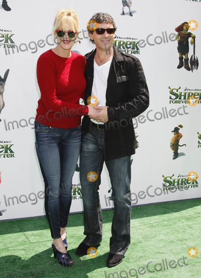 """Antonio Banderas, Melanie Griffith, Melanie Griffiths Photo - Photo by: NPX/starmaxinc.com2010. 5/16/10Melanie Griffith and Antonio Banderas at the premiere of """"Shrek Forever After"""".(Universal City, CA)***Not for syndication in France!***"""