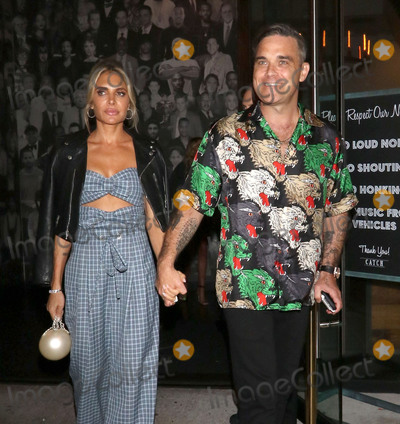 Ayda Field, Ayda Fields, Robbie Williams Photo - Photo by: gotpap/starmaxinc.comSTAR MAXCopyright 2018ALL RIGHTS RESERVEDTelephone/Fax: (212) 995-11969/14/18Robbie Williams and Ayda Field are seen outside Catch Seafood Restaurant in West Hollywood, Los Angeles, CA.