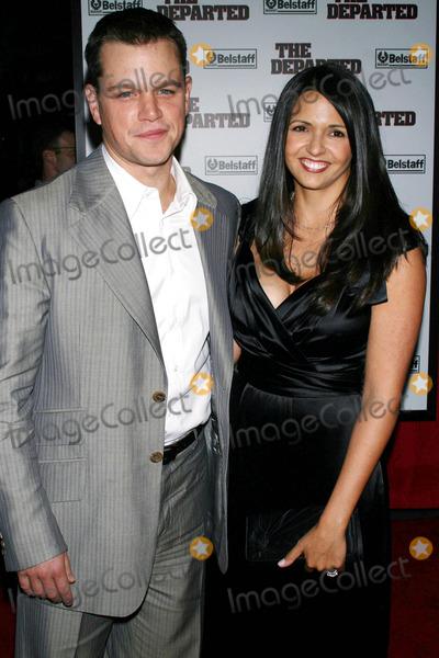 "Luciana Barroso, Matt Damon Photo - Photo by: Raoul Gatchalian/starmaxinc.com2006. 9/26/06Matt Damon and Luciana Barroso at the premiere of ""The Departed"".(NYC)"