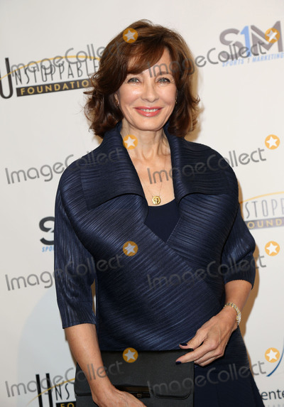 Anne Archer Photo - Photo by: JMA/starmaxinc.com