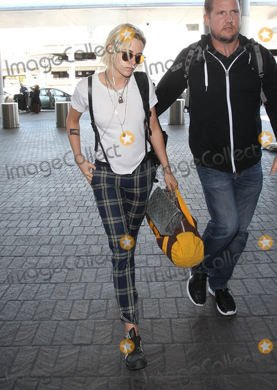 Kristen Stewart Photo - Photo by: MCRF/starmaxinc.comSTAR MAX2016ALL RIGHTS RESERVEDTelephone/Fax: (212) 995-11965/8/16Kristen Stewart is seen in Los Angeles, CA.