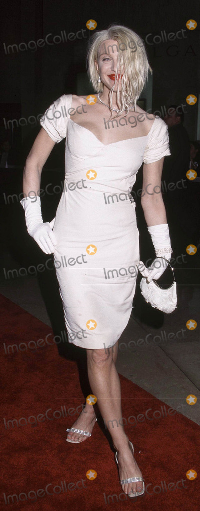Courtney Love Photo - Photo By Russ EinhornCopyright Star Max 2001St_Jude Gala Benefit   3_1_01The Beverly Hilton HotelBeverly Hils _ CaliforniaCourtney Love