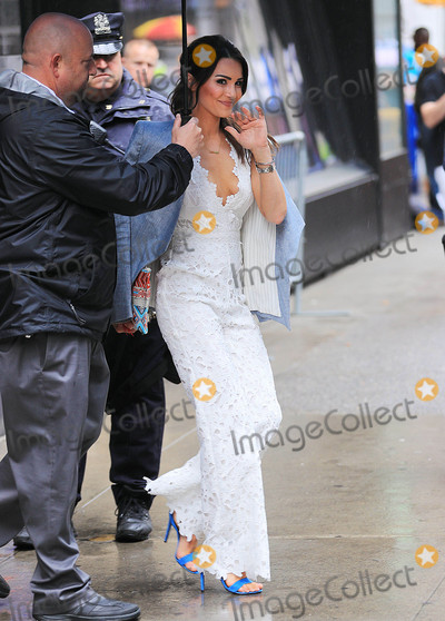 Andi Dorfman Photo - Photo by: XPX/starmaxinc.comSTAR MAX2016ALL RIGHTS RESERVEDTelephone/Fax: (212) 995-11965/24/16Andi Dorfman is seen in New York City.