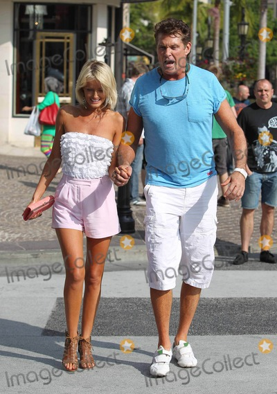 David Hasselhoff, Hayley Roberts Photo - Photo by: VPFPC/starmaxinc.com2012ALL RIGHTS RESERVEDTelephone/Fax: (212) 995-11966/4/12Hayley Roberts and David Hasselhoff out and about shopping on Rodeo Drive.(Beverly Hills, CA)