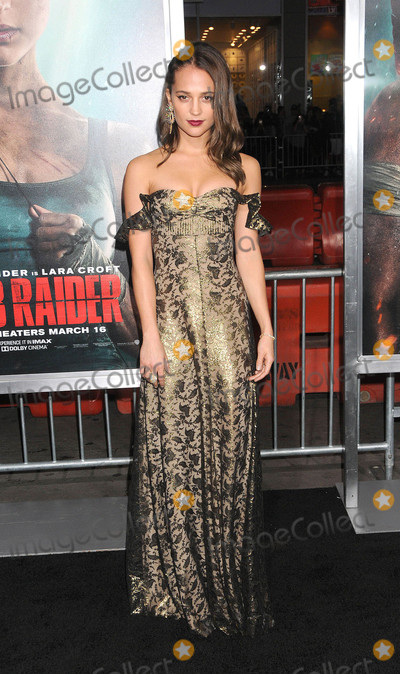 Alicia Vikander Photo - Photo by: Galaxy/starmaxinc.com