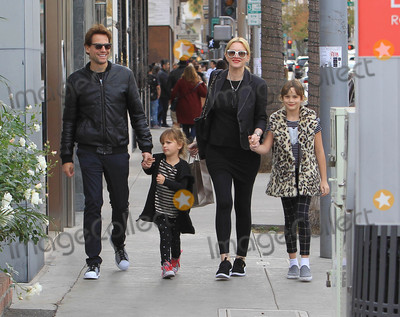 Alice Evans, Ioan Gruffudd Photo - Photo by: SMXRF/starmaxinc.comSTAR MAX2017ALL RIGHTS RESERVEDTelephone/Fax: (212) 995-119612/23/17Ioan Gruffudd and Alice Evans are seen in Los Angeles, CA.