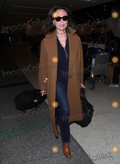 Jacqueline Bisset Photo - Photo by: SMXRF/starmaxinc.comSTAR MAX2020ALL RIGHTS RESERVEDTelephone/Fax: (212) 995-11962/10/20Jacqueline Bisset is seen at LAX Airport in Los Angeles, CA.