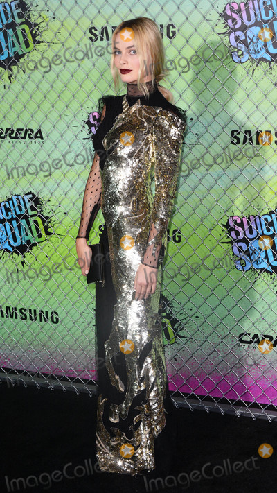 """Margot Robbie Photo - Photo by: Patricia Schlein/starmaxinc.comSTAR MAX2016ALL RIGHTS RESERVEDTelephone/Fax: (212) 995-11968/1/16Margot Robbie at the premiere of """"Suicide Squad"""".(NYC)"""