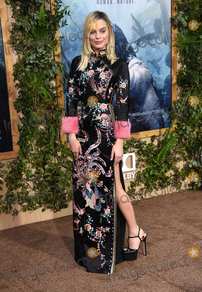 """Margot Robbie Photo - Photo by: KGC-11/starmaxinc.comSTAR MAX2016ALL RIGHTS RESERVEDTelephone/Fax: (212) 995-11966/27/16Margot Robbie at the premiere of """"The Legend of Tarzan"""".(Hollywood, CA)"""