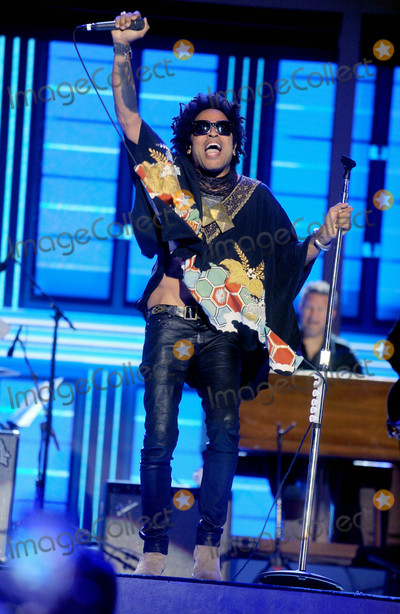 Lenny Kravitz Photo - Photo by: Dennis Van Tine/starmaxinc.comSTAR MAX2016ALL RIGHTS RESERVEDTelephone/Fax: (212) 995-11967/27/16Lenny Kravitz at Day 3 of The Democratic National Convention.(Philadelphia, PA)